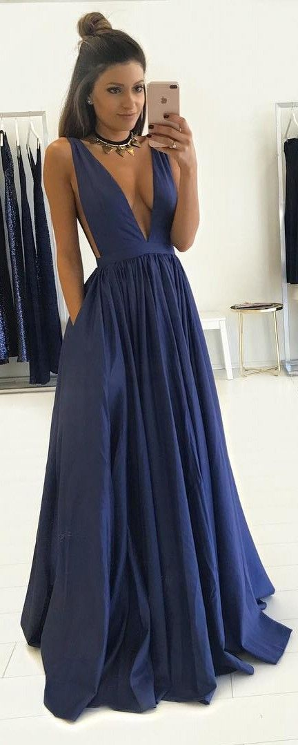 2019 Dark Navy Prom Dresses Deep V-Neck with Pockets A-line Evening Gowns 1