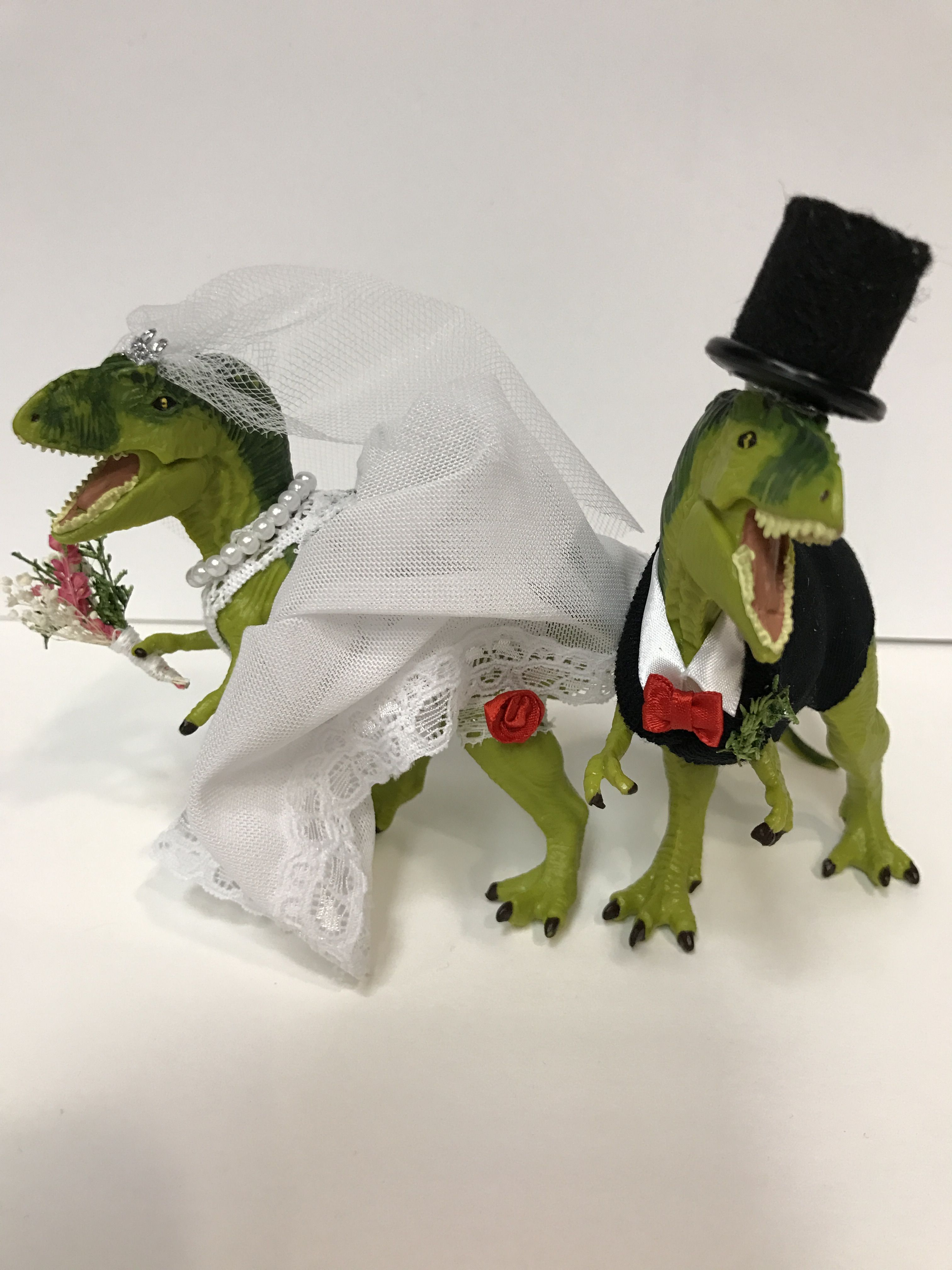 Dinosaur Wedding Dino Wedding Trex Wedding Trex Groom Trex Bride Dino Bride Dino Groom Wedding Cake Topp Animal Cake Topper Dinosaur Wedding Animal Cake