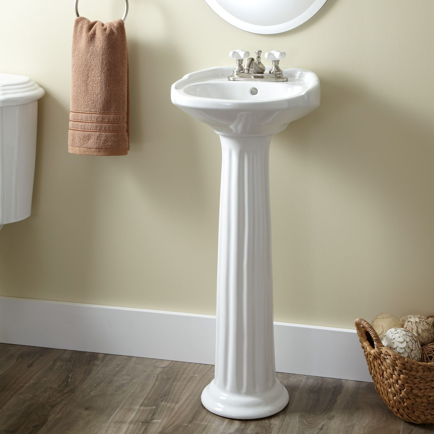 Ultra Petite Victorian Pedestal Sink With 4