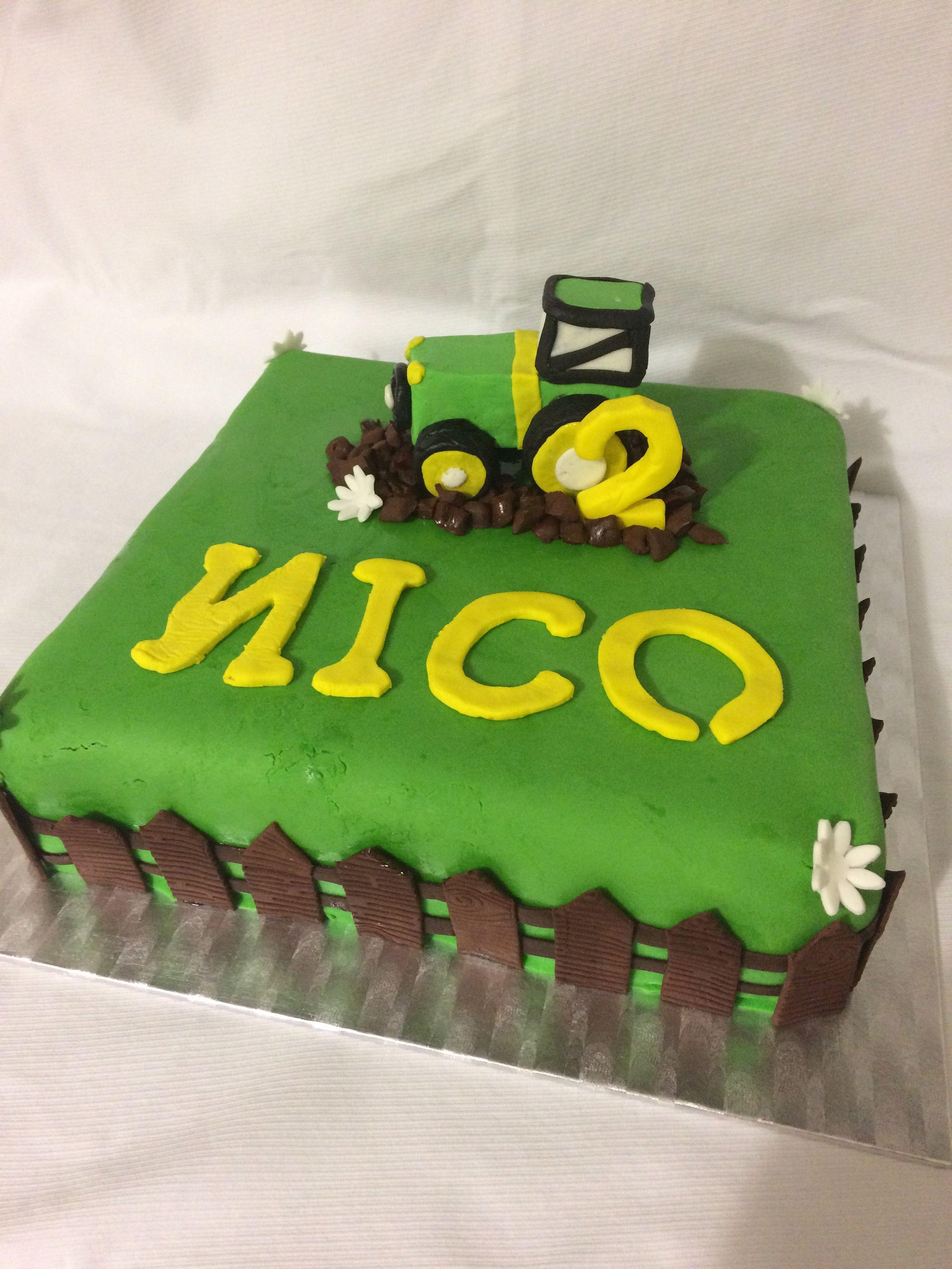 Bulldog Traktor Kuchen Zum 2 Geburtstag Geburtstagskuchen In