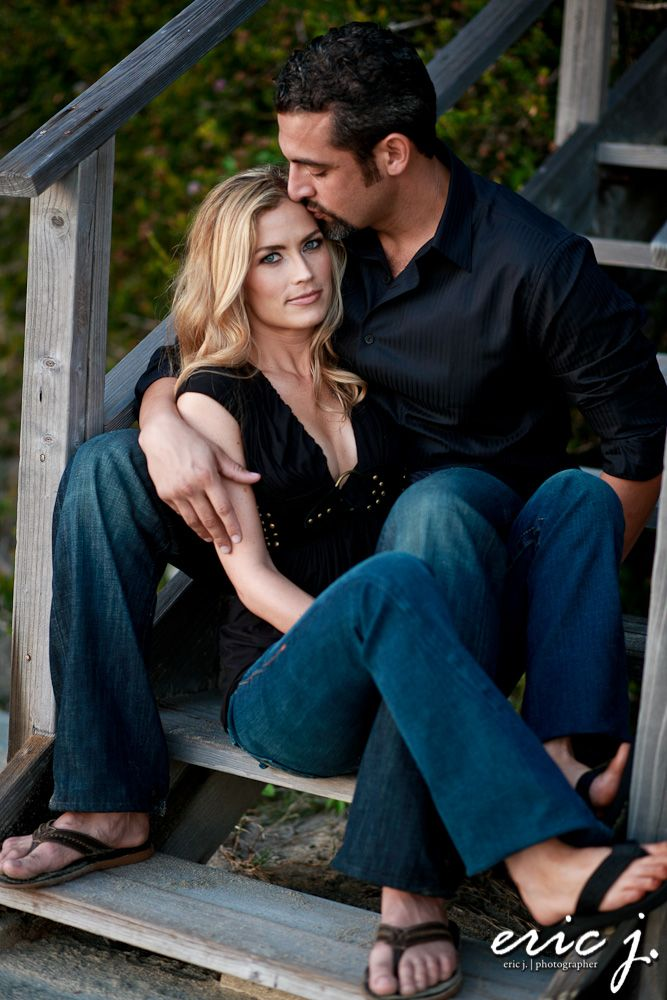 steps for easy engagement posing photography couples