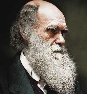 Le immagini e le voci di Brondi e Barbujani ripercorrono i viaggi di Charles Darwin