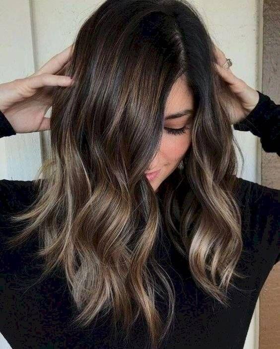 Los colores de cabello para piel apiñonada que ser