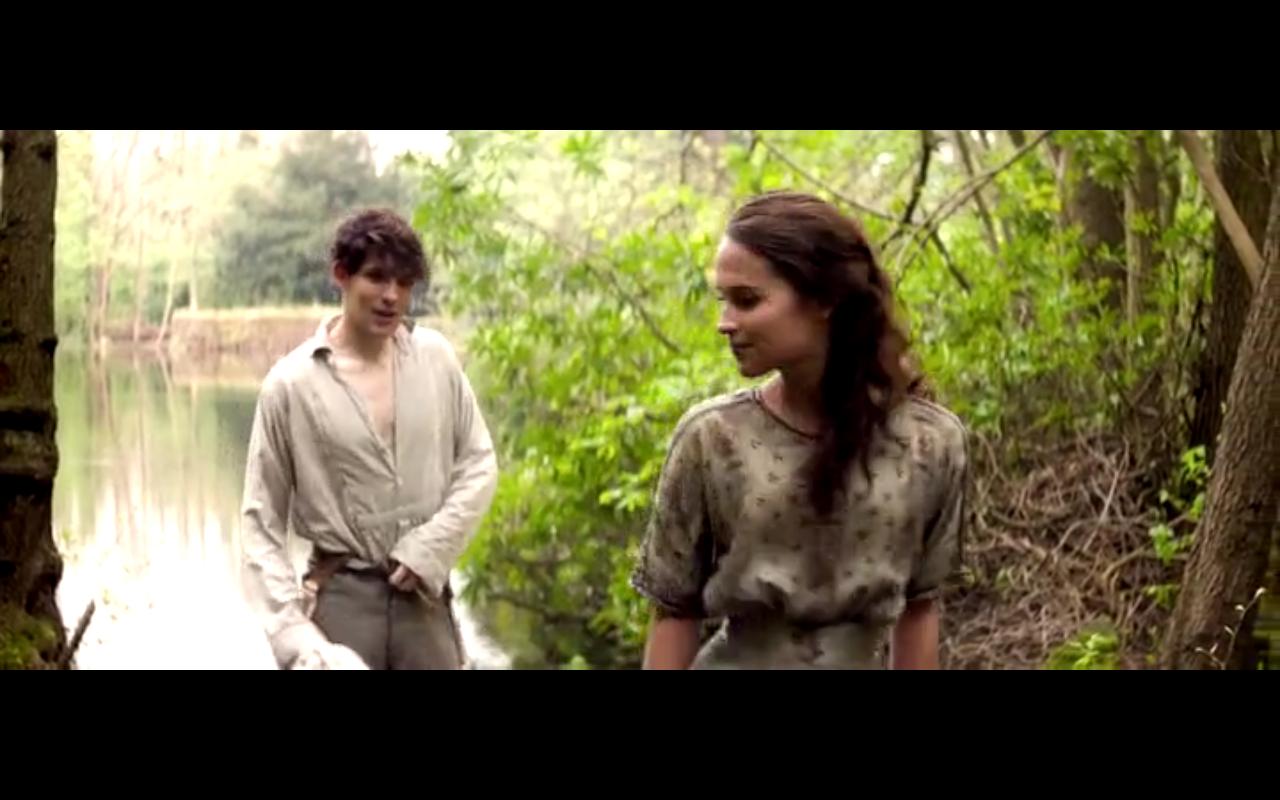 "Colin Morgan et Alicia Vikander dans ""Mémoires de Jeunesse"" (""Testament of Youth"" en VO)."