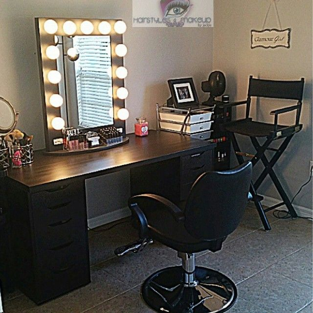 Our Vanitygirloftheday Is Glamhairmakeup Based Out Of Orlando