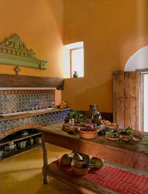 Cocina mexicana mexican houses en 2019 pinterest for Decoracion colonial mexicana