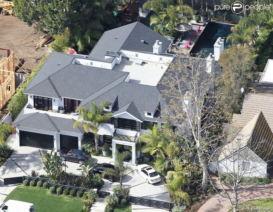 PHOTOS - Vue aérienne de la villa de Johnny et Laeticia Hallyday à