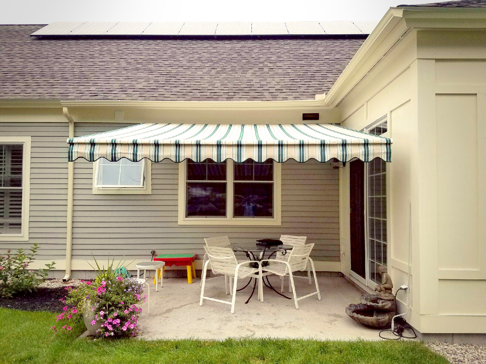 This Nuimage Awnings Pro Series 7700 Retractable Patio