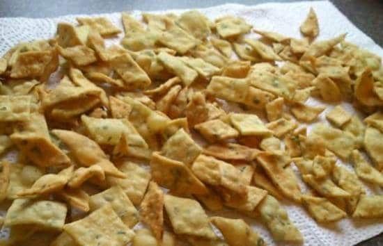 Inilah Resep Kue Bawang Rumahan Renyah Dan Garing Menjadi Salah Satu Pilihan Para Ibu Untuk Membuat Cemilan Di Rumah Selain Memang Resep Kue Kering Resep Kue