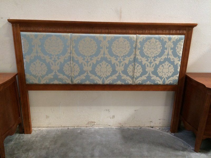 LIQUIDATORS: A Link For One Of The Las Vegas Hotel Furniture Liquidators  IMG_2880.JPG (800×600) This Headboard Has A Matching Chair And Additionu2026