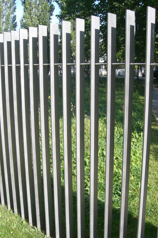 Palisade Fence Palisade Fence Fence Design Modern Fence Design
