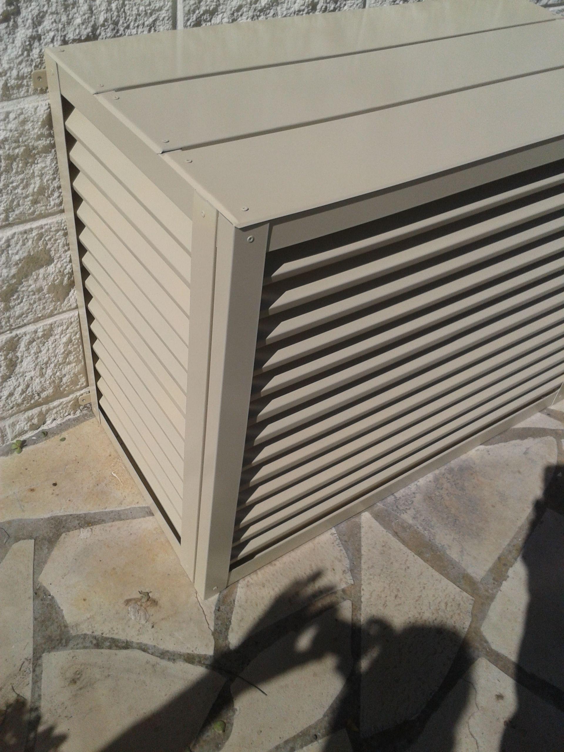 Cubierta de aire acondicionado para exterior. Cubierta