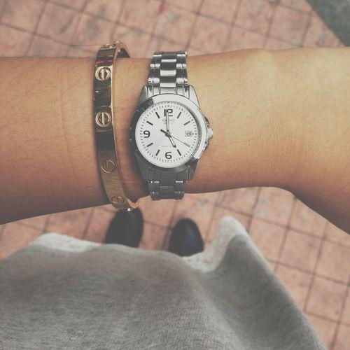 Uno de los clásicos en cuestión de relojes es Casio y es por eso que hicimos una lista de los relojes Casio que debes tener en tus accesorios sin falta. http://www.linio.com.mx/moda/relojes-para-dama/casio/