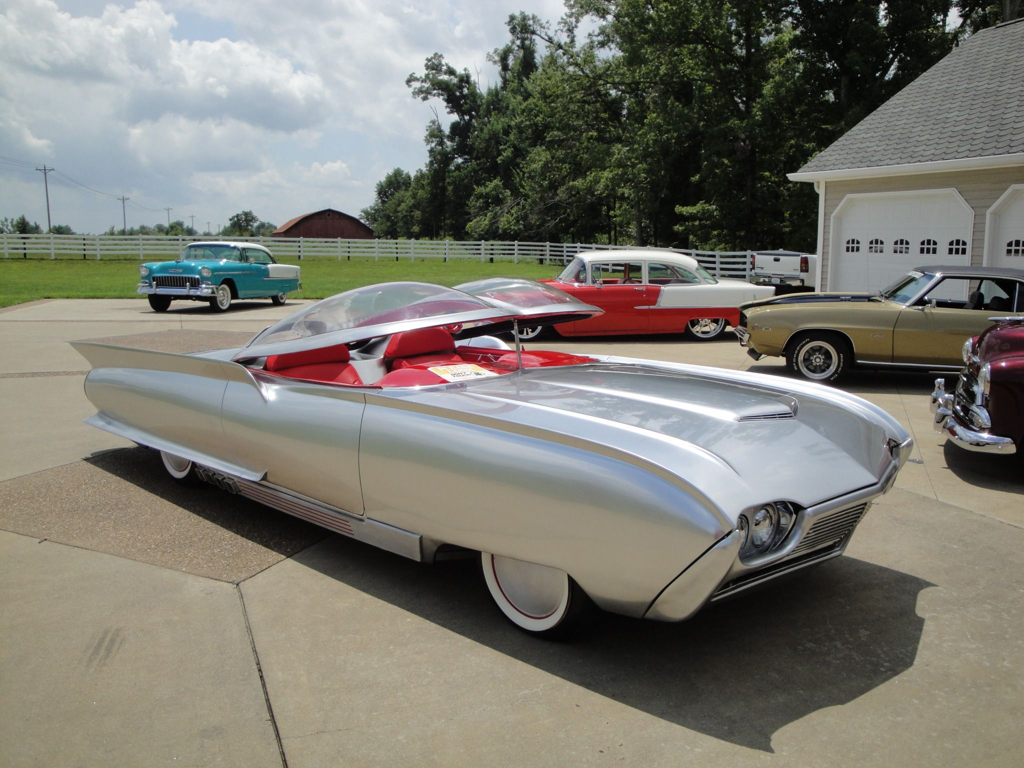 TAYLORMADE MADMAN — 1961 Ford Thunderflite Concept TAYLORMADE MADMAN — 1961 Ford Thunderflite C