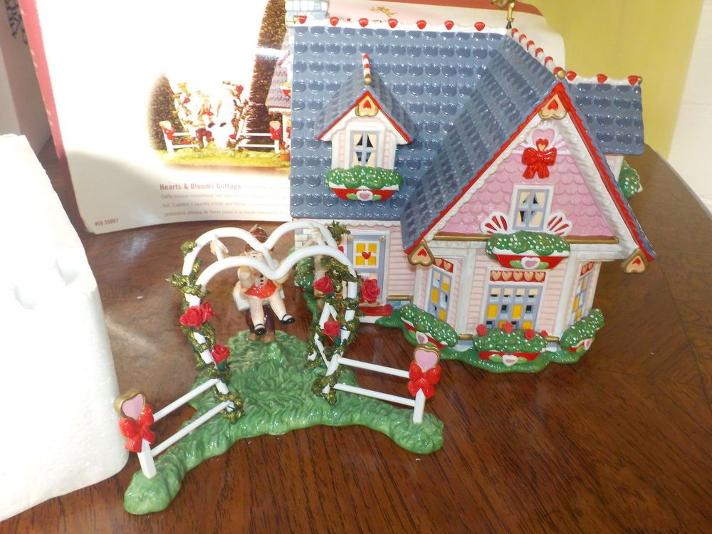 Dept 56 Valentines Day Hearts Blooms Cottage 55097 Celebrate Love
