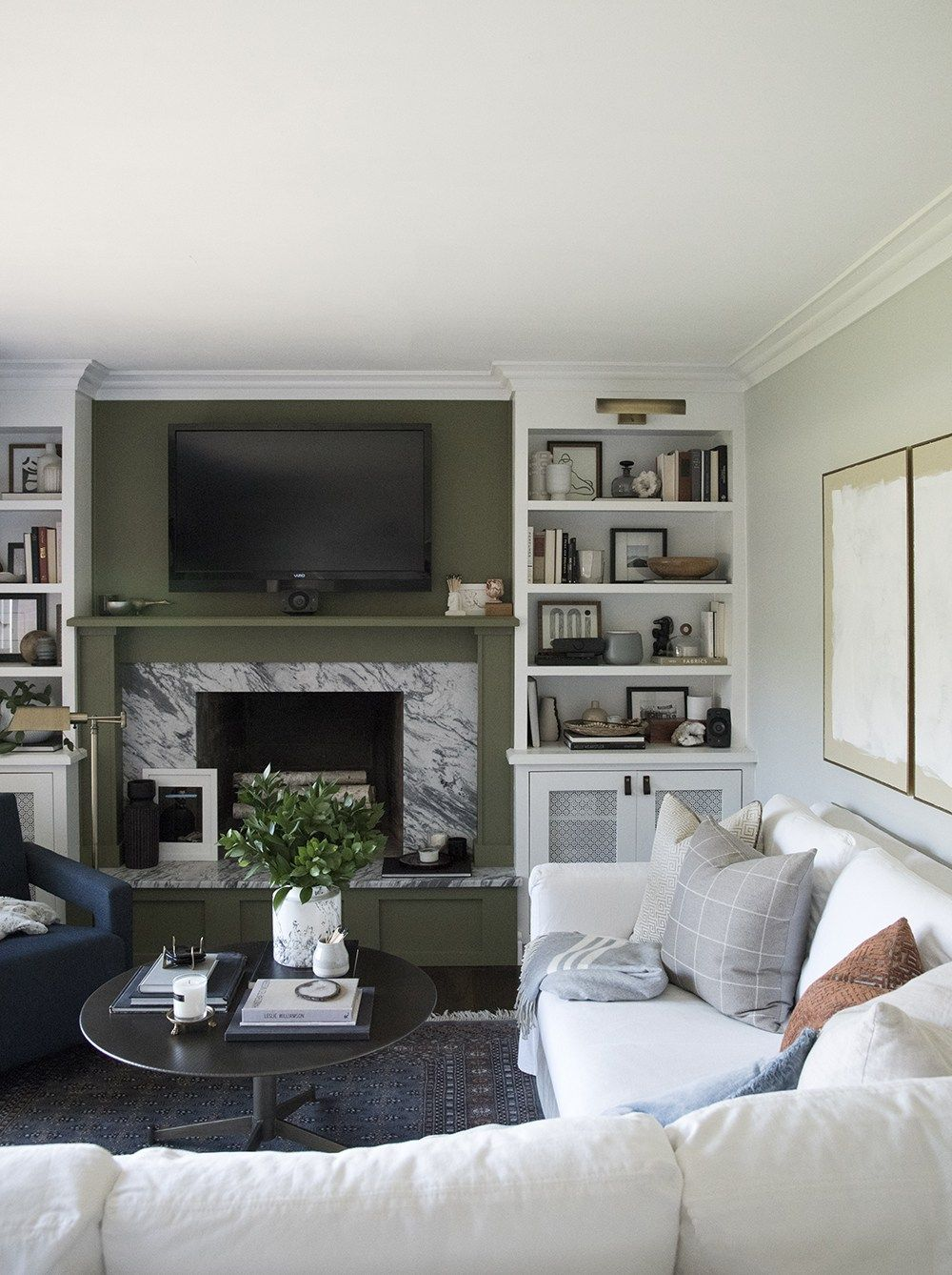 Design Discussion : TV Over the Fireplace | Tiny living ...