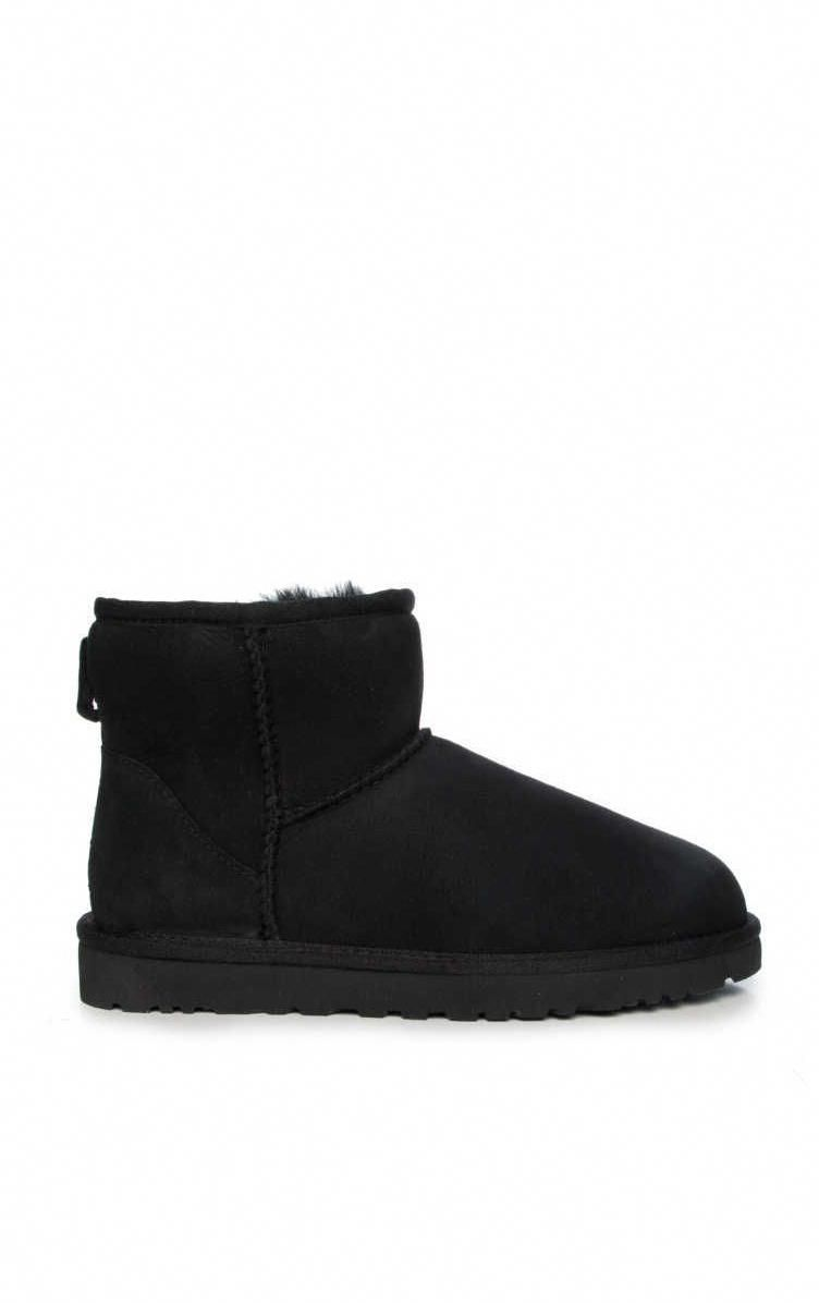 Are You Considering Ugg Classic Uggs Uggshoes Black Ugg Boots Boots Ugg Boots