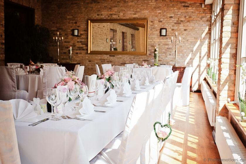 Kavalierhaus Caputh Hochzeitslocation Beautiful Inside Wedding Location Hochzeitslocations Wedding Loc Hochzeitslocation Hochzeitsfotograf Hochzeit Berlin