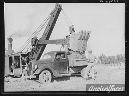 Steam Shovel At Work At Paper Mill Lufkin Texas Old Farm
