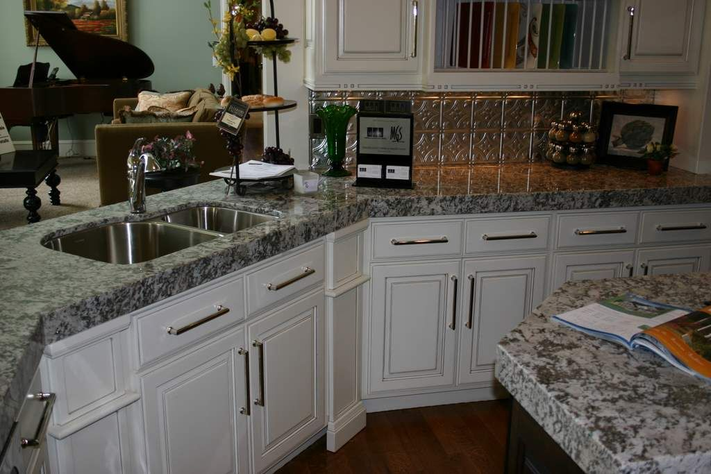 White Diamond Countertops | White Diamond Granite Countertops