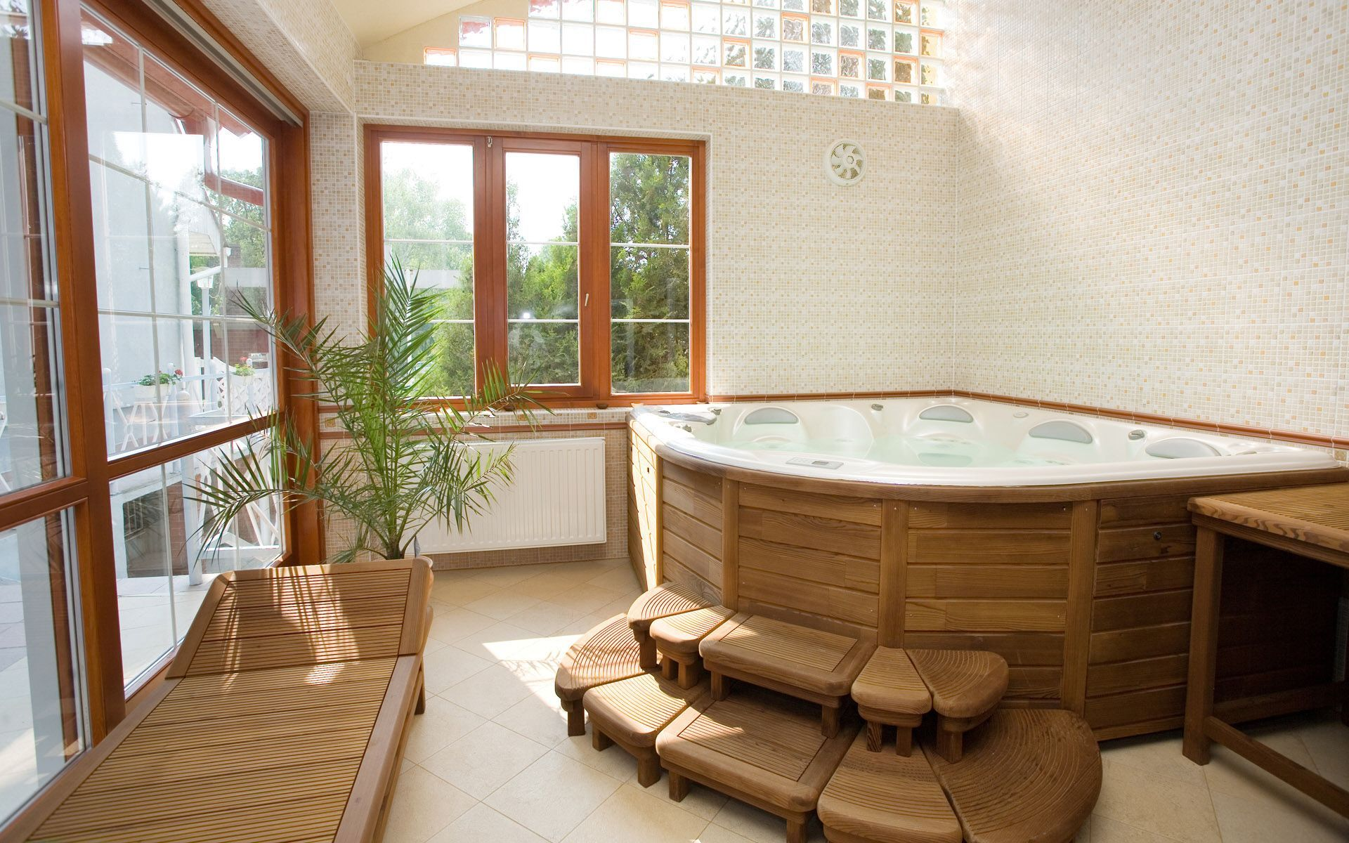 wooden jacuzzi bathroom | Baño principal, Interiores ...
