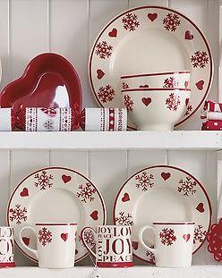 Christmas Tableware Homebasemumsnetxmas Christmas Dinnerware Christmas Plates Christmas Dishes