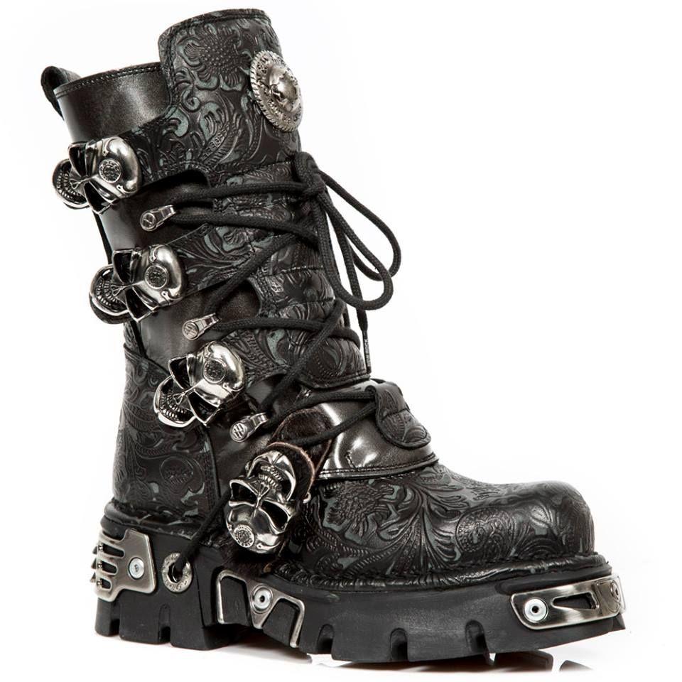 картинки готические ботинки