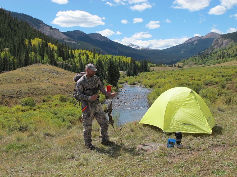 Diy elk hunt aggressive bowhunting tactics and gear tips