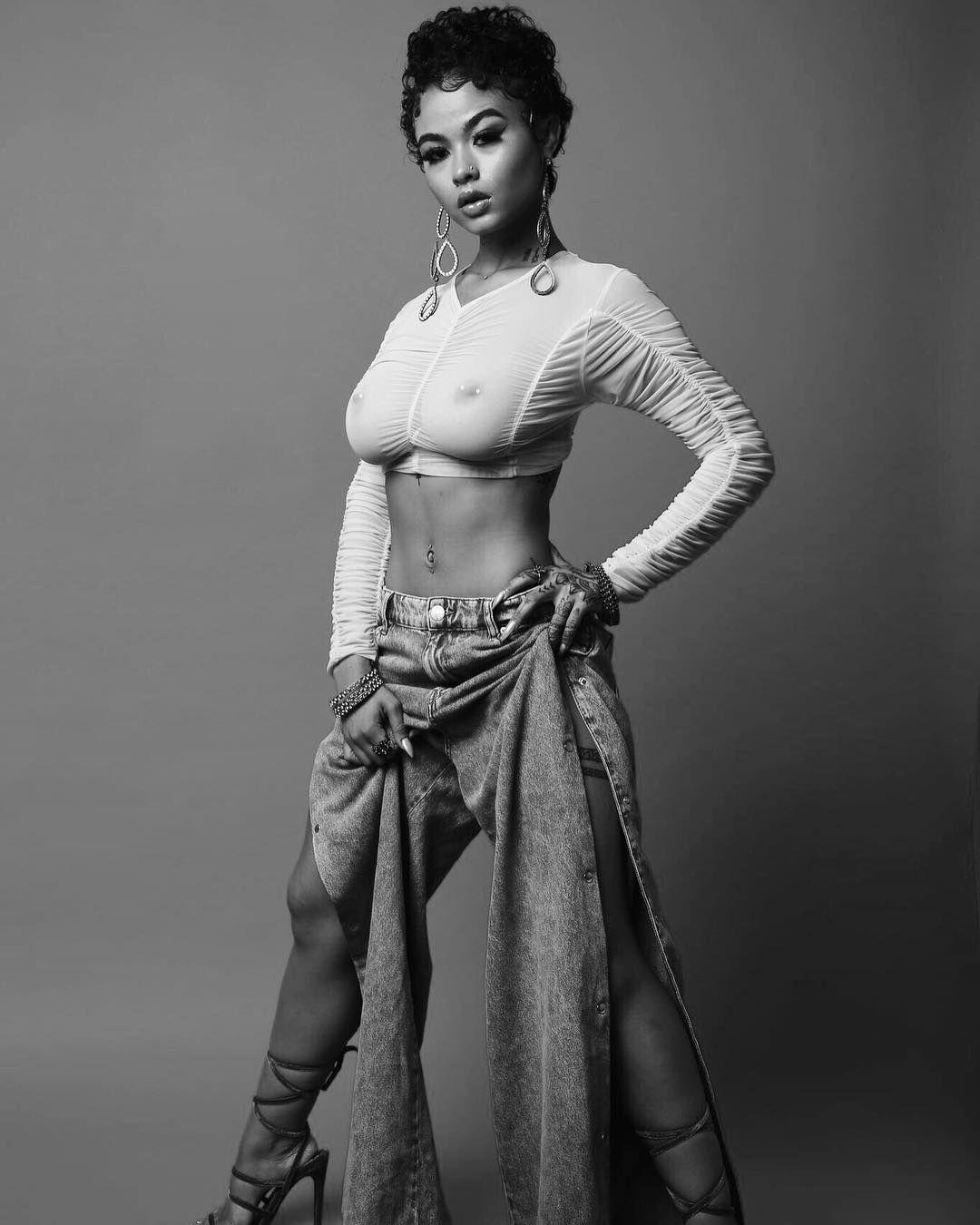 Emily blunt nude,Demi Lovato Latina Magazine, June/July 2016 Erotic video Isabella farrell nude photos,Alessandra Torresani See Through. 2018-2019 celebrityes photos leaks!