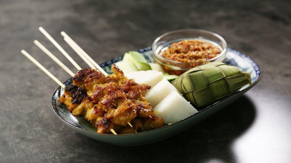 Chicken satay with sesame satay sauce asian food channel recipes chicken satay with sesame satay sauce asian food channel forumfinder Image collections