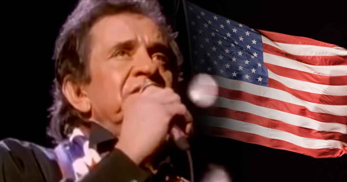 Johnny Cash Pays Tribute To Old Glory With Ragged Old Flag Johnny Cash Johnny Old Glory