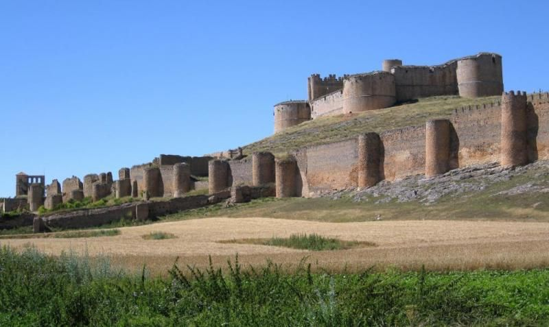 Los 65 Castillos Más Bonitos De España Castillos Fotos De Castillos Y Turismo Castilla Y Leon