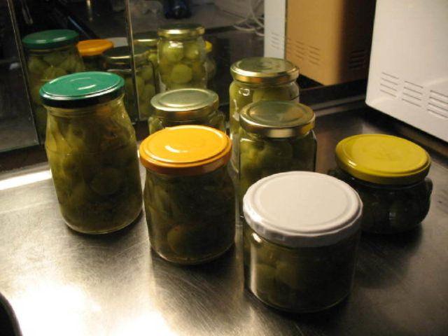 Vihreät Tomaatit Säilyke