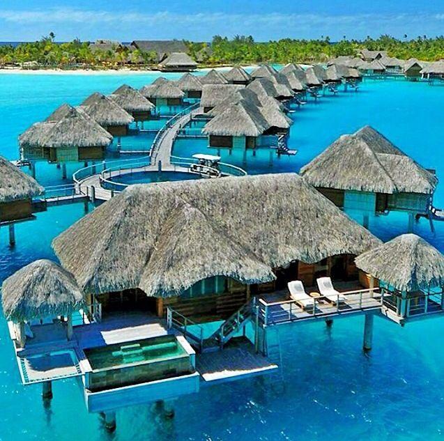 Tahiti Accommodation Over Water Bungalows: Luxury Suite At The Four Seasons Bora Bora