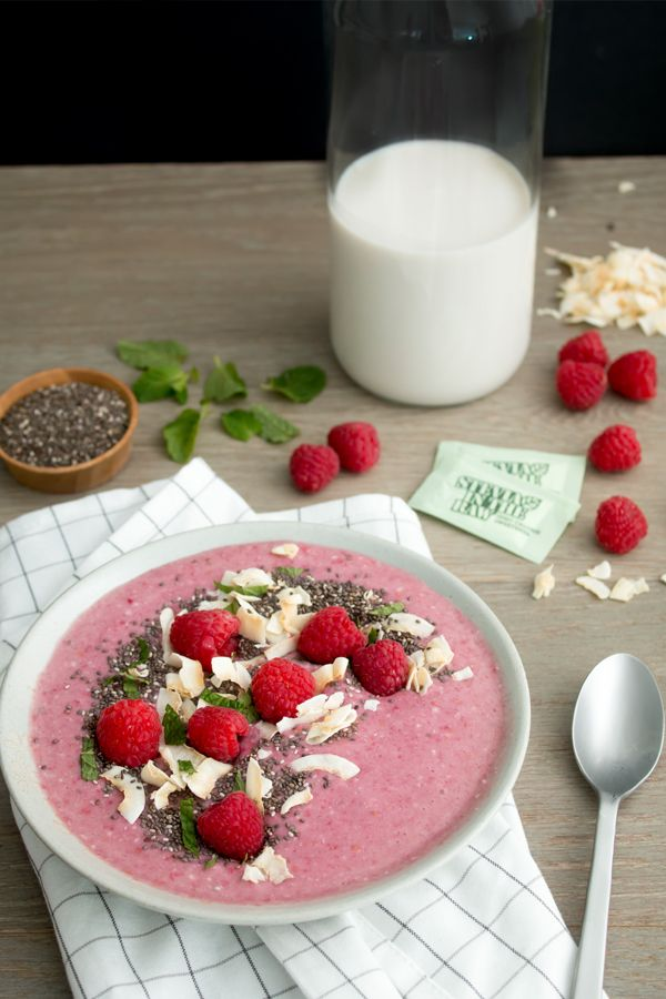 Hop on the smoothie bowl trend with our Coconut-Raspberry Smoothie Bowl sweetened with Stevia In The Raw®. This simple recipe is filled with refreshing fruits and topped with a sweet crunch of coconut flakes and chia seeds. Not only is this a beautiful and vibrant recipe, but it's also just as delicious! Breakfast will never be the same once you taste our fruity, tropical smoothie bowl.