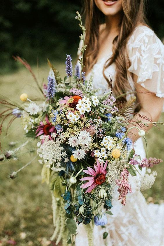 Pin By Viktoria Adriana On Bouquet Ideas Wildflower Wedding Bouquet Wedding Bouquets Wildflower Wedding