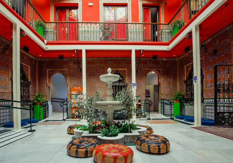 8 Epic European Hostels That Cost Less Than $25 a Night ... - photo#10