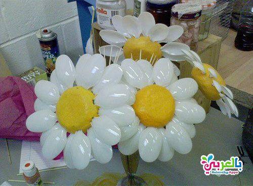 بالصور والخطوات اعمال فنية من الملاعق البلاستيك بالعربي نتعلم Plastic Crafts Plastic Spoon Art Plastic Spoon Crafts