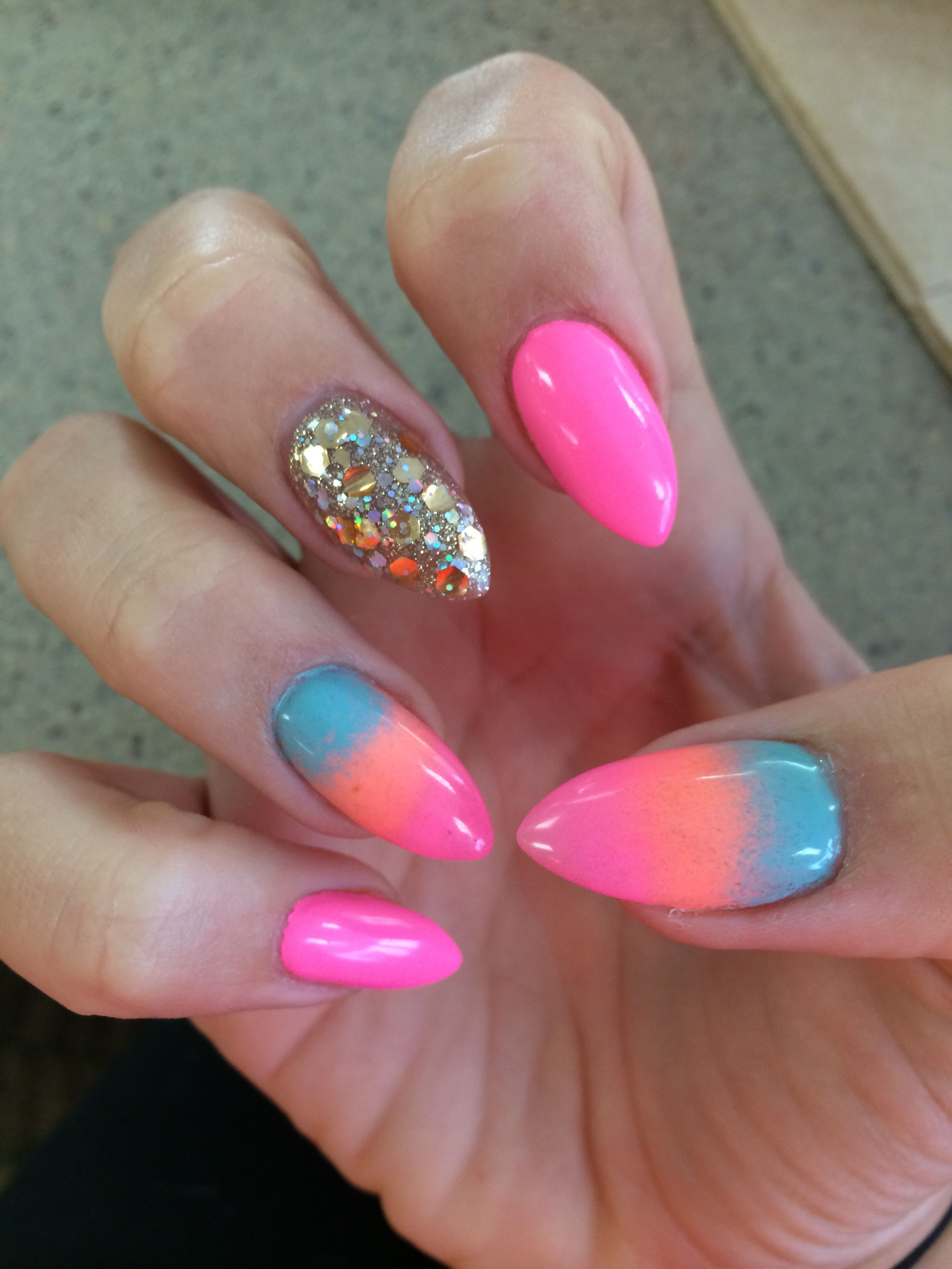 Acrylic nail designs for going south! Love them! So summery and beautiful. #almondnails #neonnails