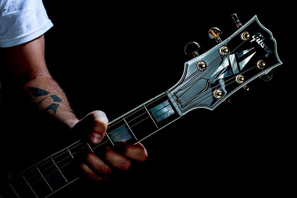 Pin By Jrock Usarock On Guitars From Different Genres Of Music From Around The World In 2020 Guitar Acoustic Guitar Guitar Logo
