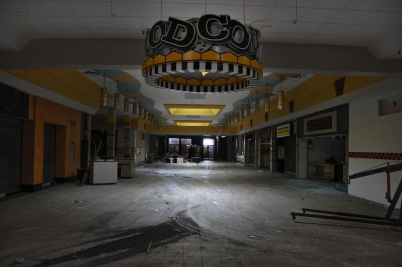 This Abandoned Wasteland Was Once Americas Largest Mall - Largest malls in usa