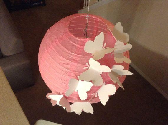 8 Pretty In Pink Paper Lantern Butterfly Lantern By New8eginnings 12 08 Decoracion Con Lamparas Chinas Linternas De Papel Decoraciones De Mariposa