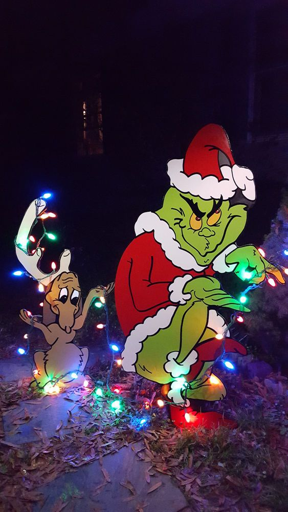 Grinch Yard art The Grinch and Max are stealing Christmas ...