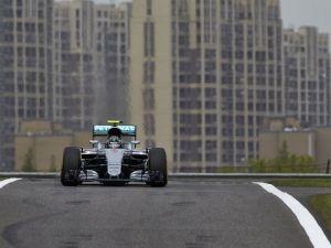 Nico Rosberg Takes Pole In China, Lewis Hamilton To Start Dead Last