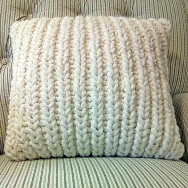 Fisherman\'s Rib Accent Pillow is a free pillowcase pattern that ...