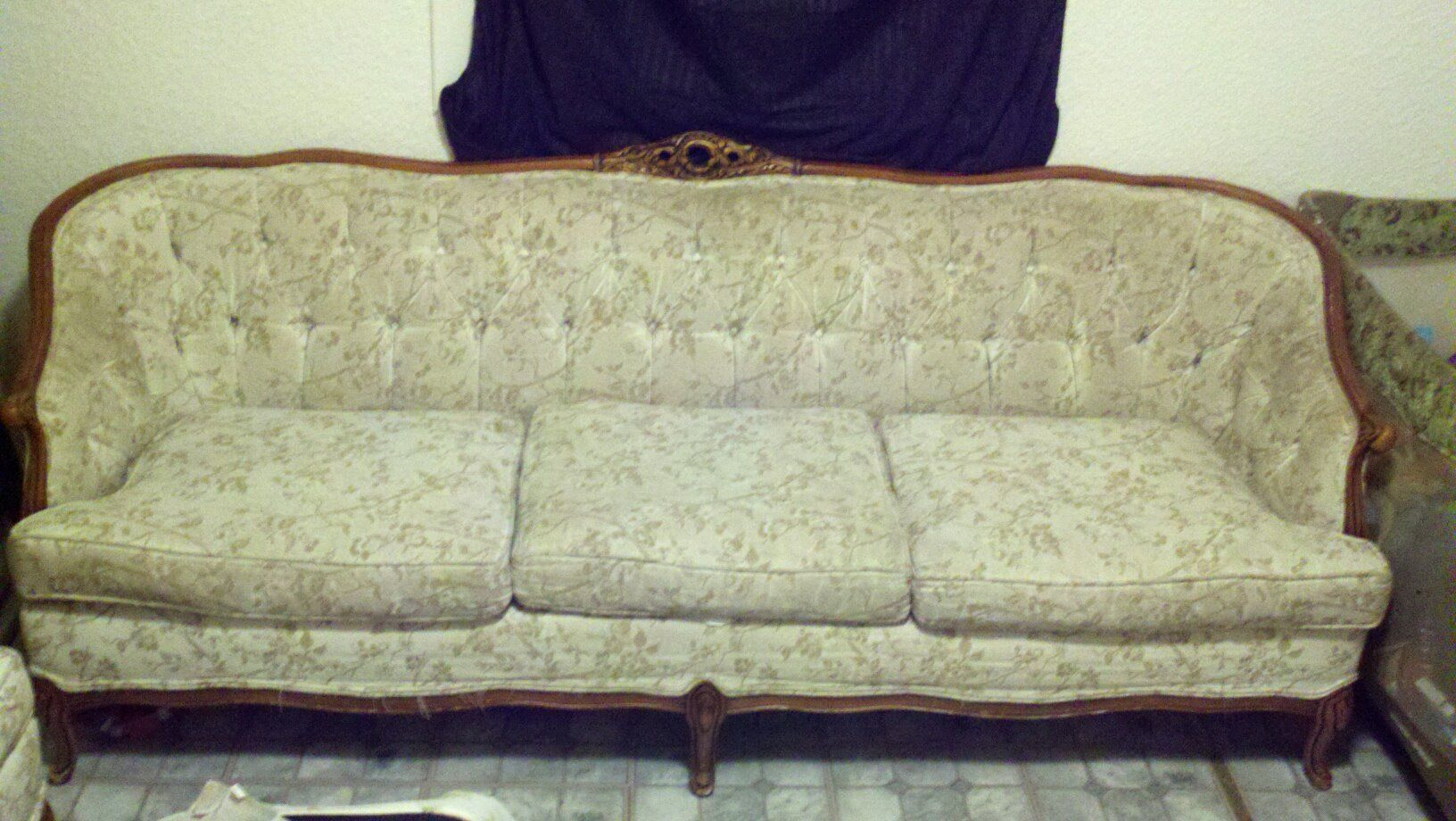 The couch i want to reupholster antique stuff i love pinterest Reupholster loveseat