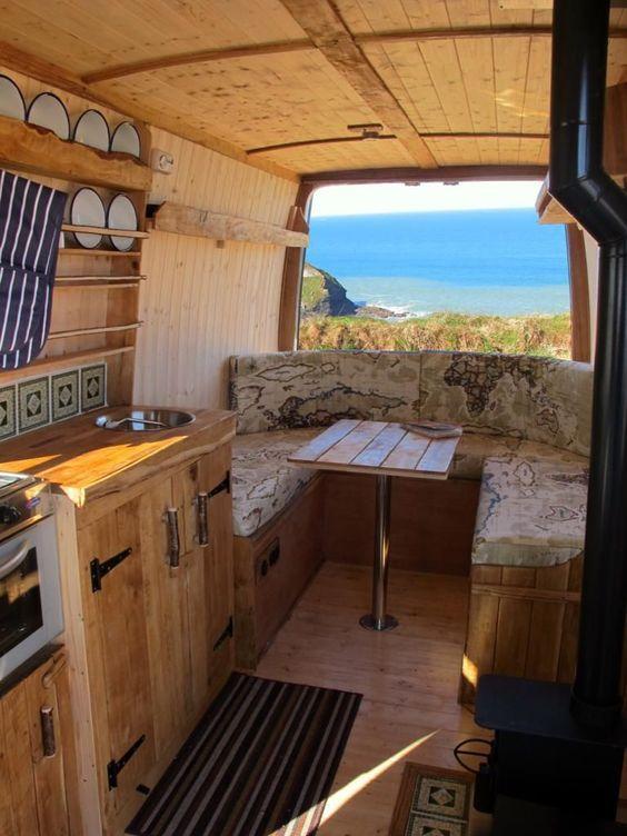 Houten camper interieur camping pinterest camper for Auto interieur reinigen zelf