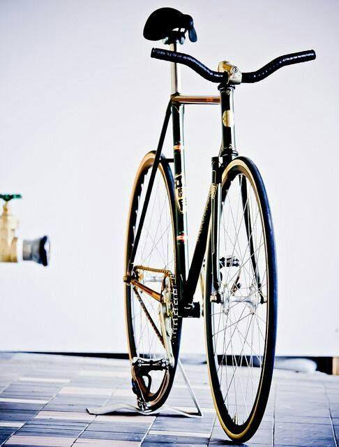 Pin by badoi sorin on rowery | Bike, Bike swag, Fixie bike