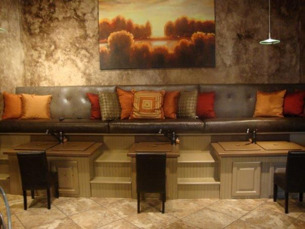 Magnificent Bench Seating Pedicure Built Pedicure Bench Seating Up To Creativecarmelina Interior Chair Design Creativecarmelinacom