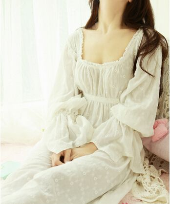Pas cher Plus taille livraison gratuite Prinsty chemise femmes chemise longue  robe blanche broderie nuit vintage chemise de nuit feminino 58eeecd7d5a